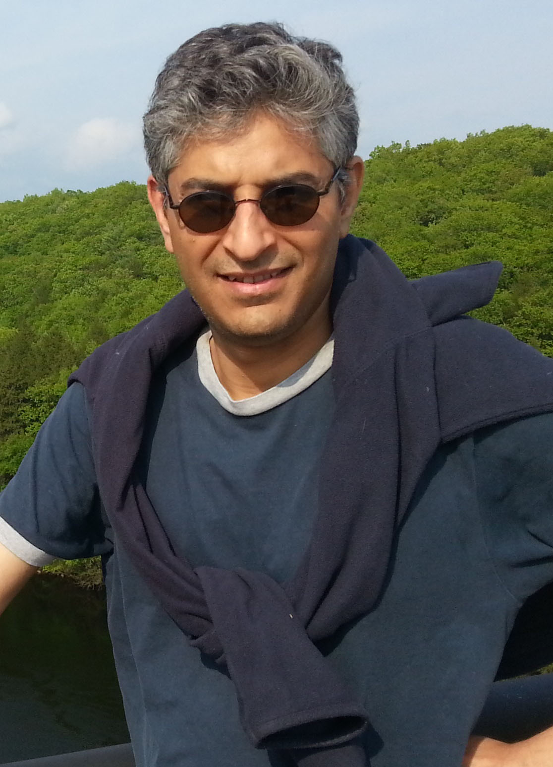 Farasat Bokhari